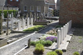 Lombardsidje Communal Cemetery.  Belgium. | Copyright.  The War Graves Photographic Project.