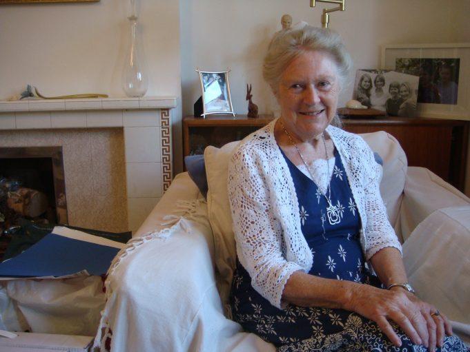 Helen Stewart (2013)