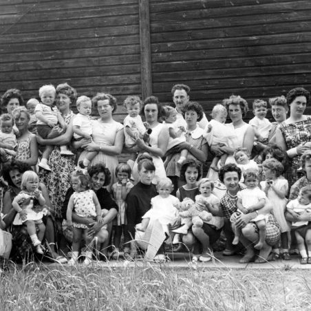 Parents and toddlers on Thursdays 1960?