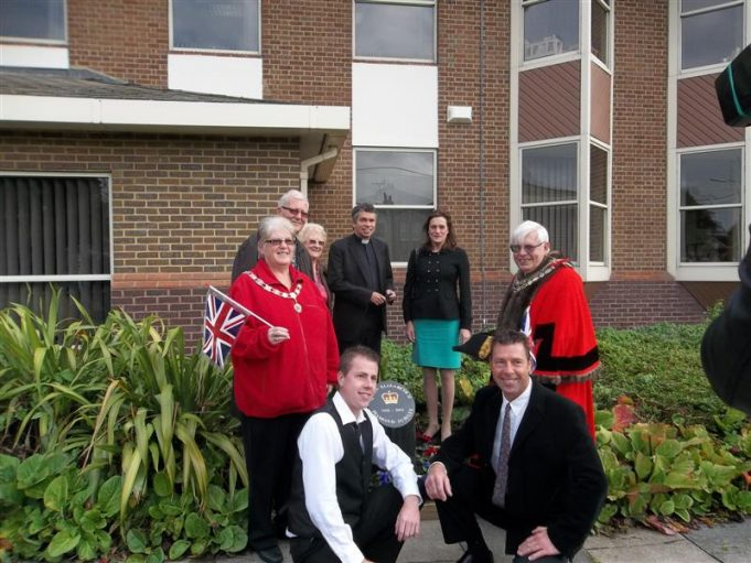 The Jubilee Stone is unveiled | Castle Point Council