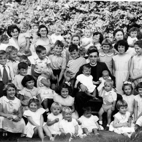 1958, Sharron Miller and sister.