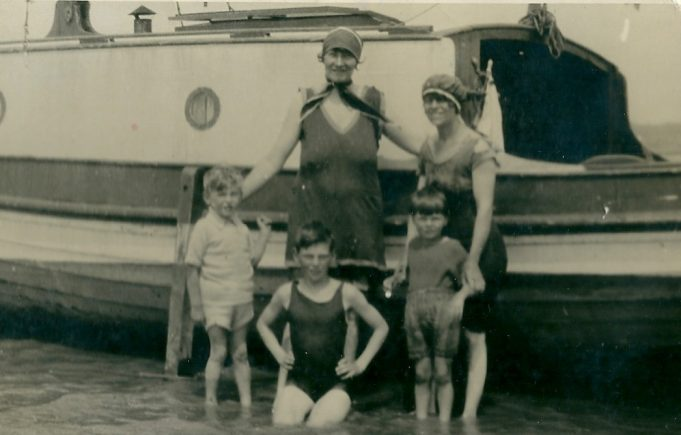 Family and friends enjoying a summer day on The Ray, as the sandbars in the Thames were known locally, late 1930's.  Photograph of Mrs Elvidge left Mrs Dorothy Wines right, children from left to right Russell Elvidge, Charles and Gilbert Wines | Gilbert Wines