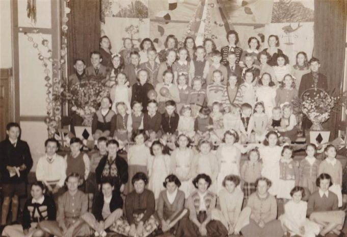 A social get together at the ATC Hall Tarpots. Mrs Edna Batchford, rear row 2nd from Right.  Janice Batchford 4th row from top 3rd from right.  Trevor Best, 5th row from top 4th from left.  John Chamberlain 5th row 3rd from left.  Trevor Paine, 5th row 6th from left.  Tony Butcher, left of Janice.  Christine Butler, 5th row 4th from right.  Stella Dodd, 5th row 9th from right.  Linda Oxley 5th row.  Doreen Batchford, 5th row 3rd from right.  Sandra Best, Front row 4th from left.  Mary Taylor, 5th row 1st from left. | Doreen Batchford
