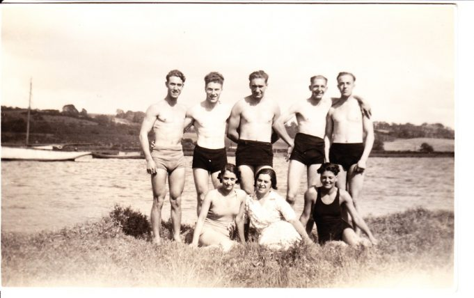 Bill (top left)with brother and cousins