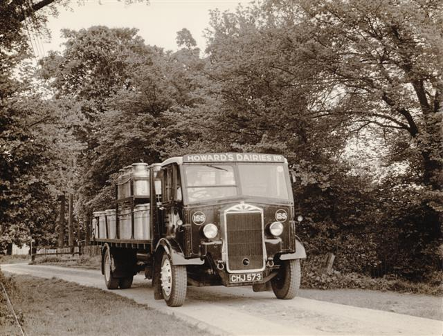 The first  photo shows a lorry collecting  milk churns, possibly from one of  the farms in Benfleet which supplied the dairy. | Roger Worster