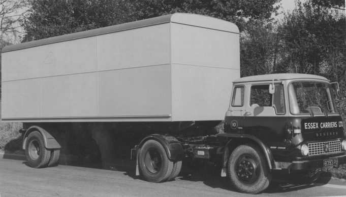 Bedford TK unit with trailer not yet signwritten | RBB