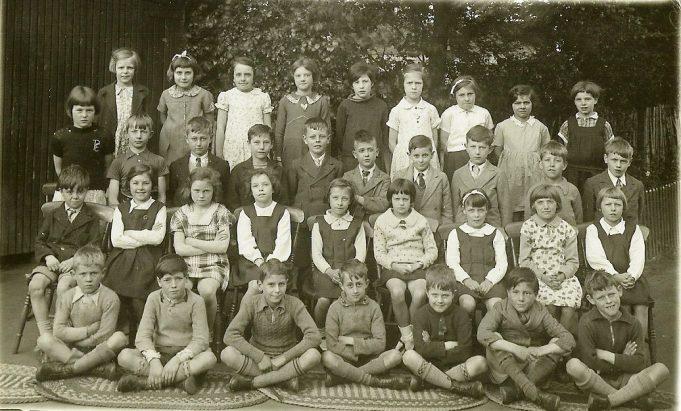 Benfleet Primary School Class Photo 1938 | Daphne Aaron (nee Burnett)