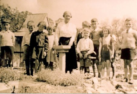 Benfleet Primary School - Miss Gale's Gardening Class 1938