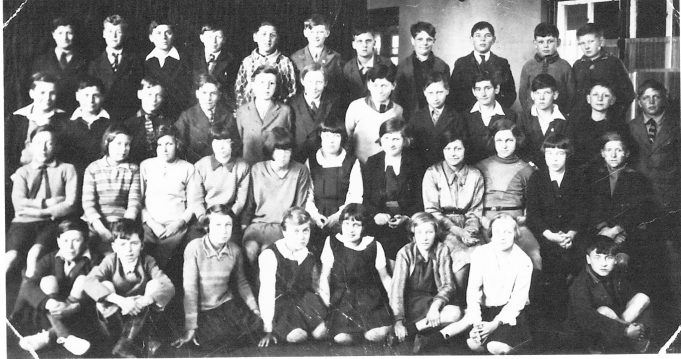 Class photo - Benfleet Primary School c. late 1920s | Mavis Thurley