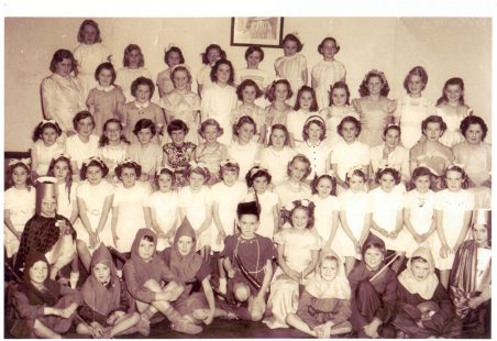 South Benfleet Junior School Choir c.1952