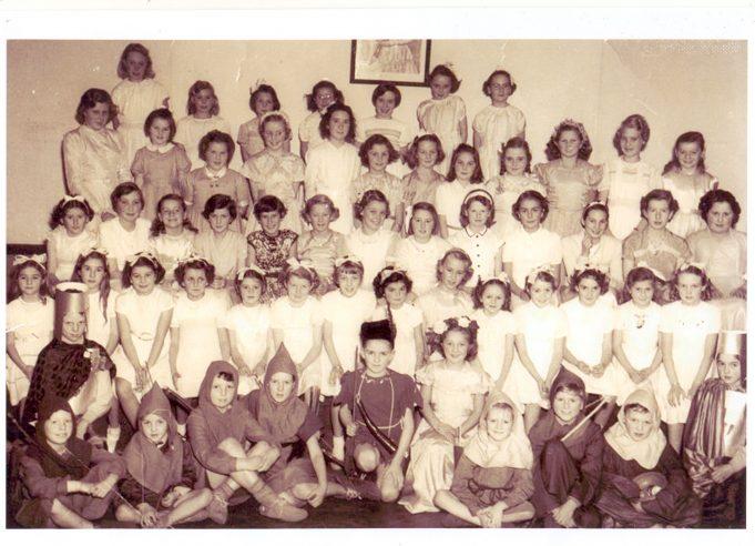 South Benfleet Junior School Choir c.1952
