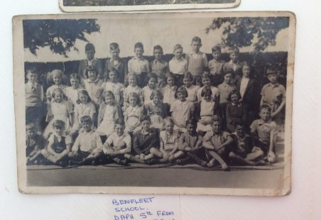 Benfleet School Class Photo - 1939/40