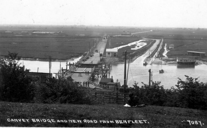 The bridge just prior to opening in 1931   From the Peter Gillard collection