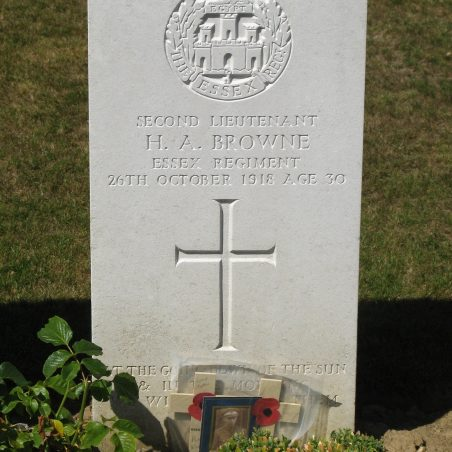 Grave of H. A. Browne. | Copyright.  The War Graves Photographic Project.