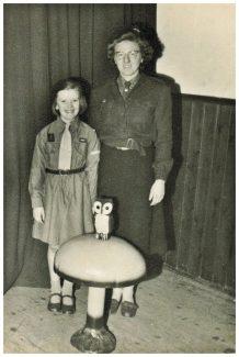 Brown Owl, Joan Johnson with daughter Annie. | Annie Scott (nee Johnson)
