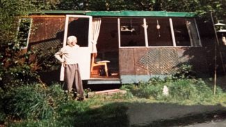 Stanley outside his railway carriage home | Pamela-Jeanetta Bird Gaines