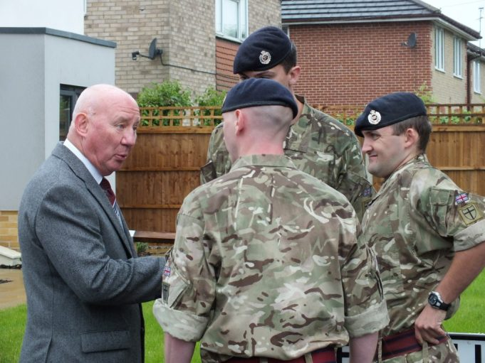 Len Hawkins talking to the three members of the Royal Engineers | Phil Coley