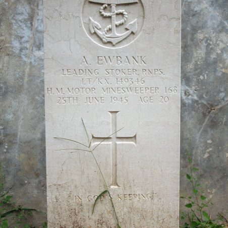 Grave of A. Ewbank. | Copyright.  The War Graves Photographic Project.