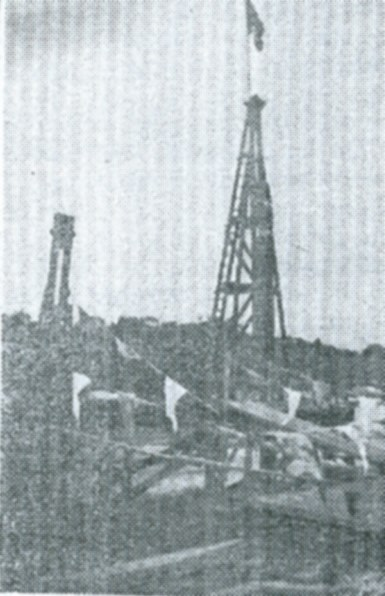 Flag on top of pile driver. | The Benfleet Gazette 23rd May 1930