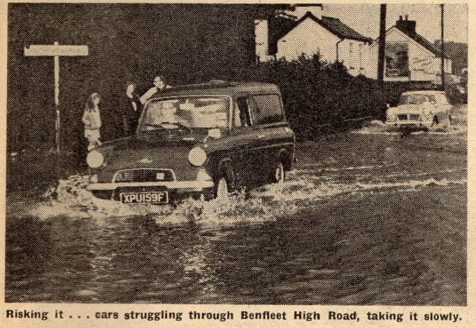 Benfleet High Road, Salt Box Cottage can be seen in the background. | Southend Standard Newspaper