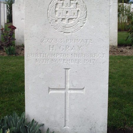 Grave of H. Gray. | Copyright.  The War Graves Photographic Project.