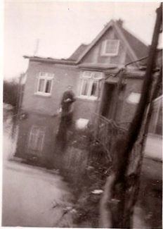 Dad - Sid Bones in back garden of Glenroy