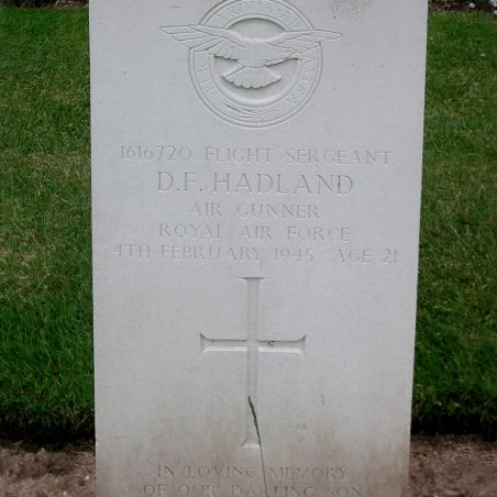 Grave of D. F. Hadland. | Copyright.  The War Graves Photographic Project.