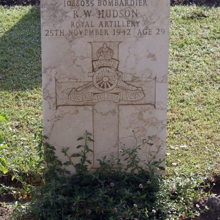 Grave of R. W. Hudson. | Copyright.  The War Graves Photographic Project.