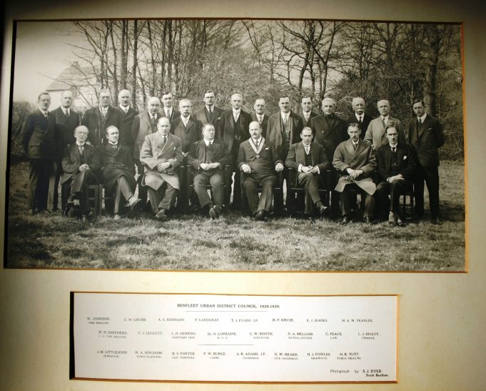 Assembled council officials 1929 - 1930 | This photo was loaned to us by Castle Point Council. S J Dyer of South Benfleet