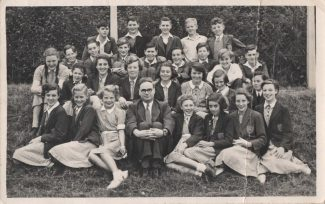 Front row, first right: Jennifer Stockwell (my Aunt). Sweyne School, Rayleigh. | Tracy & Paul Kreyling