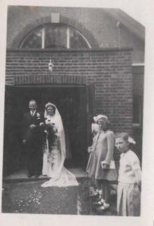 Doug and Joan Acres wedding. Jennifer Stockwell forefront. | Tracy & Paul Kreyling