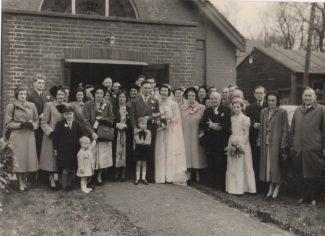 Wedding of John and Maureen Stockwell. Group photo 1952. | Tracy & Paul Kreyling