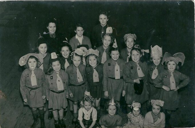 Benfleet Brownie group from the 1950's | Dave Cowan