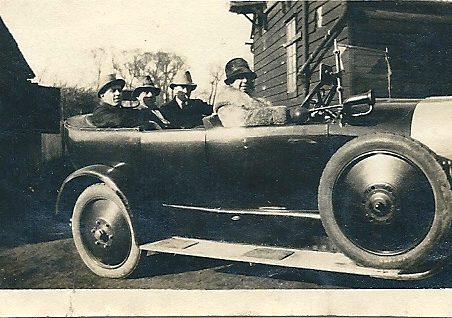 Landlord on the far side rear seat, Ann Phillips is at the wheel although she did not drive, outside The Hoy 1930's? | Joan English (nee Phillips)