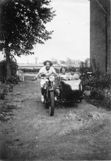 Dads Royal Enfield, North Benfleet 1936 | Peter Watts