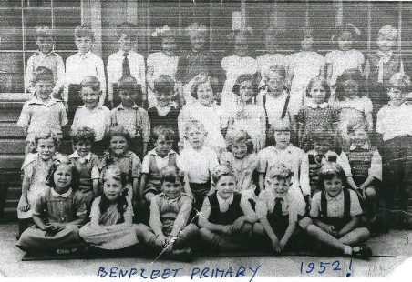 Benfleet Primary School - Class photos taken in the 1950s