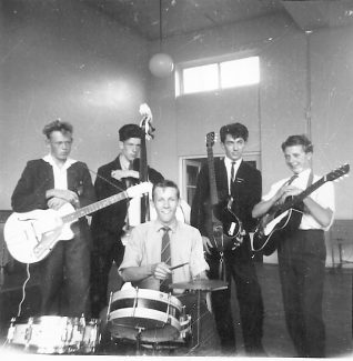 King John 'Hotrods' 1959/61. Left to right: David Miller, Adrian Chapman, Louis Phillips, Michael Dart and Andrew Gates. | Ann Morrison collection