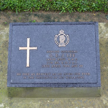 Grave of G. E. J. Lee. | Copyright.  The War Graves Photographic Project.
