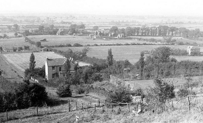 View from St Peter's Churchyard looking down across 'Forty Acres'.  The house that is visible stands at the top of Chesterfield Avenue. | Geoff Barsby