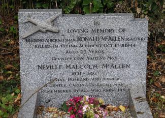 Grave of Ronald Frederick McAllen. | Copyright.  The War Graves Photographic Project.