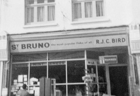 When 123 High Road was a Newsagents Shop