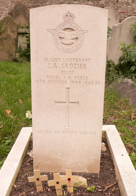 Grave of Flt. Lieutenant Leonard Aubrey Crozier. | Ronnie Pigram.