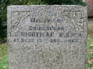 Grave of Commander L. H. Wightman. R.N.V.R. | Ronnie Pigram