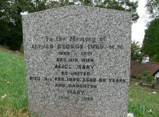 Grave of Alfred George Ives. M.M. | Ronnie Pigram