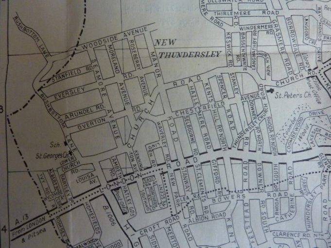 Map of Rushbottom Lane area before Feb 1971, note Glebelands and several other roads are not on this map, as the land at the rear of St George's Church is still grassland.  Glenwood School has not been built. | Map Benfleet Urban District Council