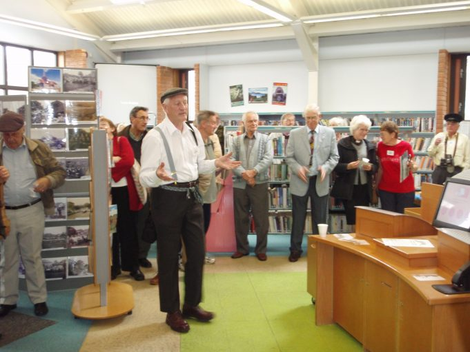 Chairman Ken Porter speaking about the Archive | Christine Coley