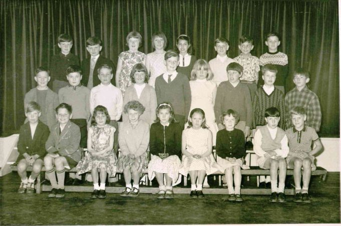 Photo 2) | Thundersley Primary School