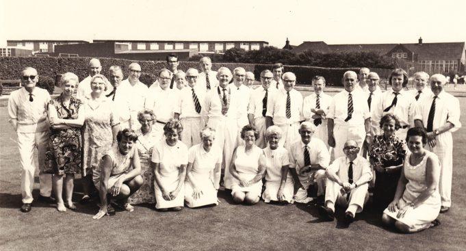 Benfleet Bowls Club (pre 1975)  Kneeling 1st left is Dorothy Dyer. Kneeling 1st right is Peggy Jeffs. | Denise Neale