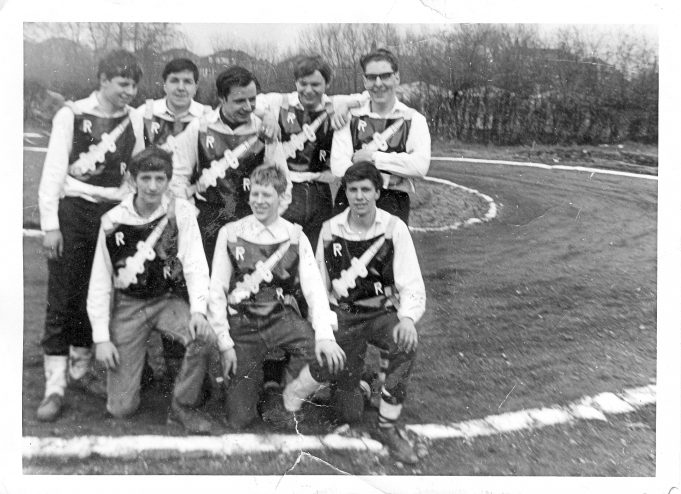 Rayleigh Rockets Back Row (L to R) Bill Garner, Ray Palmer, Barry Hill, Colin Binfield, Barry Chalk Front Row (L to R) Tony Callis, Mark Anthony, Eddie Callis (who supplied this photo) Can anybody tell us where this track is?  | Eddie Callis