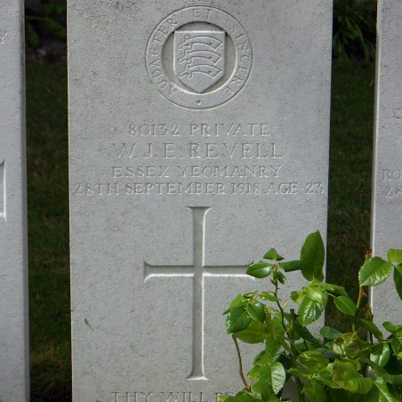 Grave of W. J. E. Revell. | Coyright.  The War Graves Photographic Project.